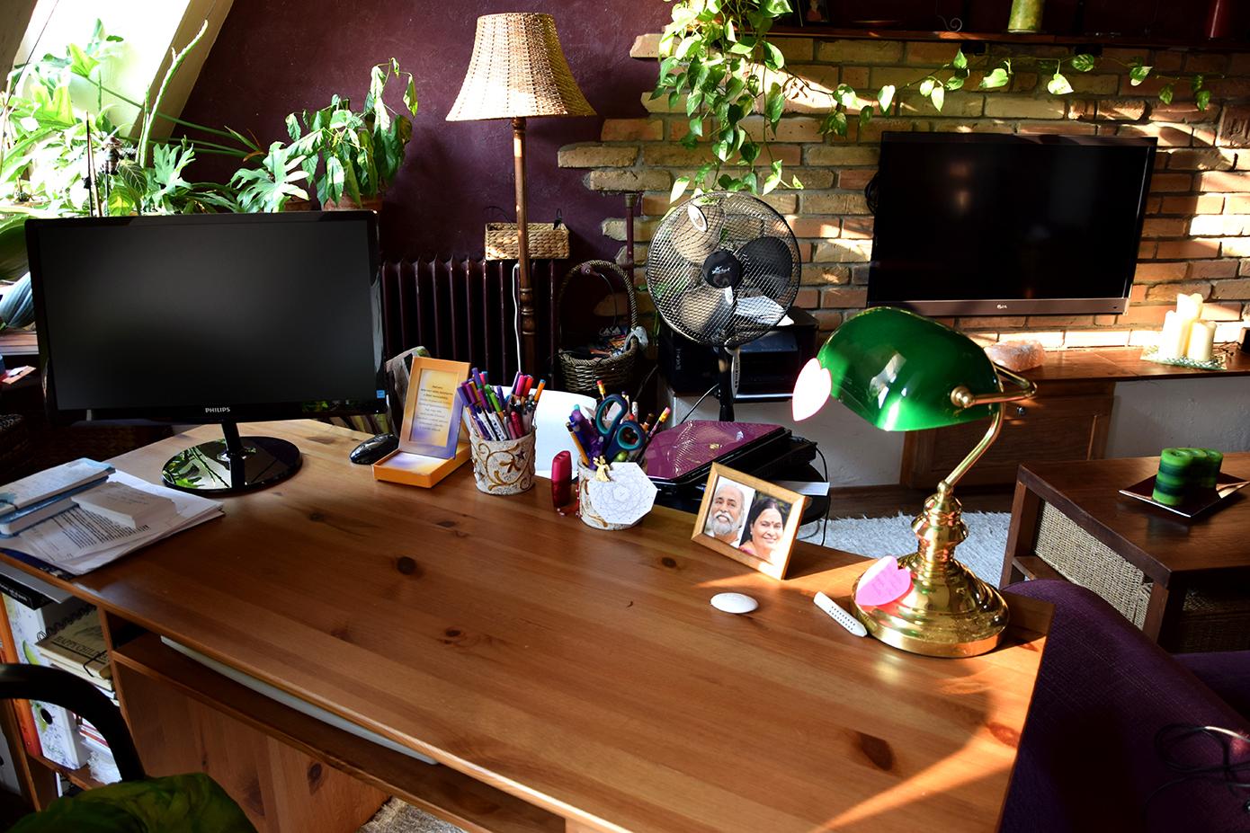 íróasztalom