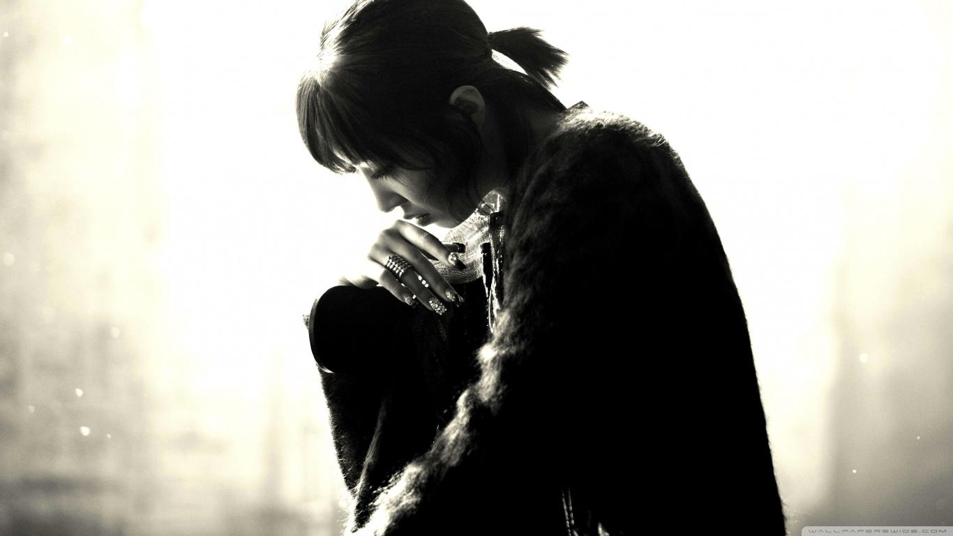 szomorú lány